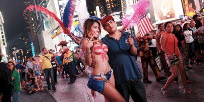 Hace unos días surgió una polémica por las mujeres en Bodypaint que se toman fotos con turistas en Nueva York Foto:Getty Images