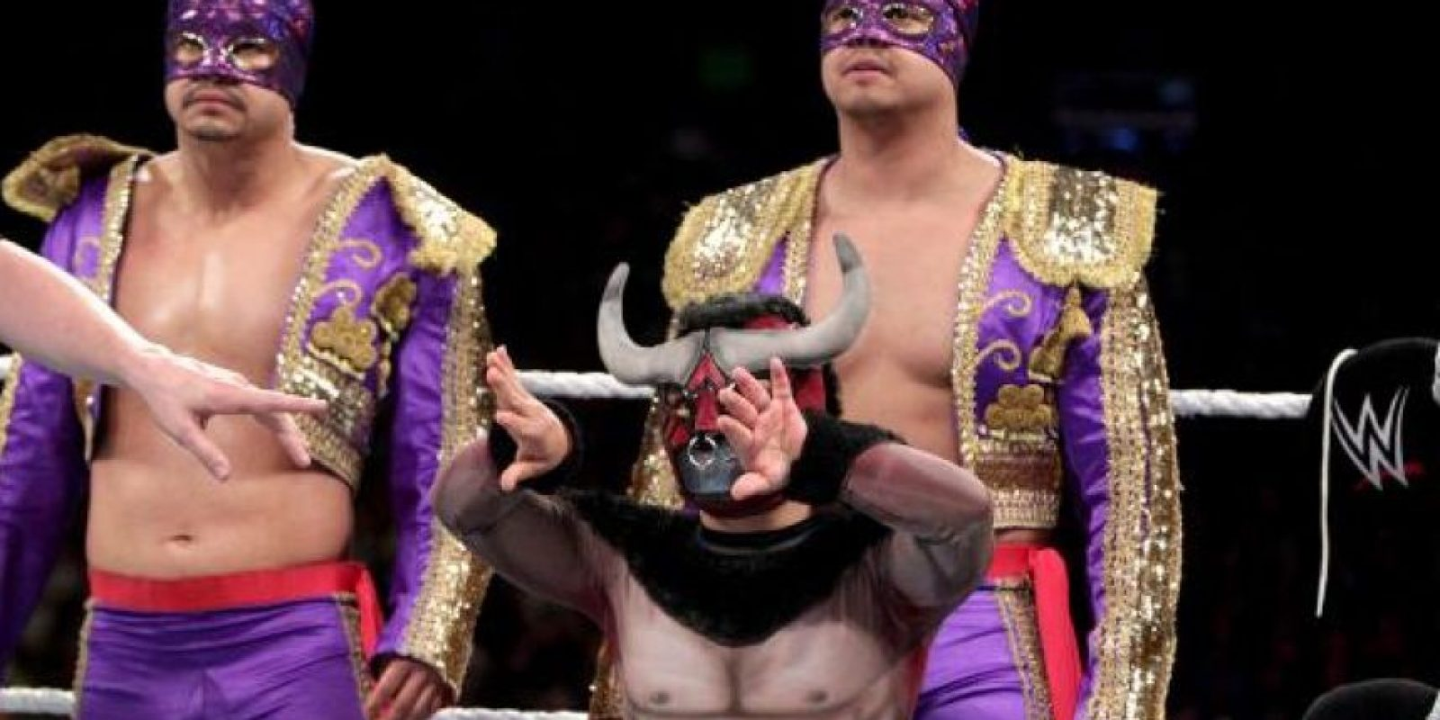 Los Matadores (Diego y Fernando) también participarán en la pelea de campeonato Foto:WWE