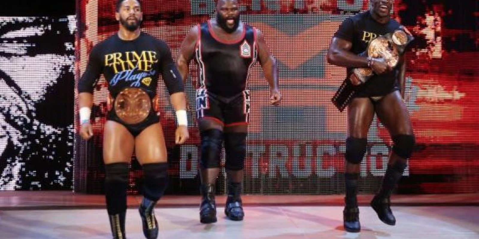 Prime Time Players (Titus O'Neil y Darren Young) expondrán el Campeonato de Parejas de la WWE en una pelea de cuatro esquinas Foto:WWE