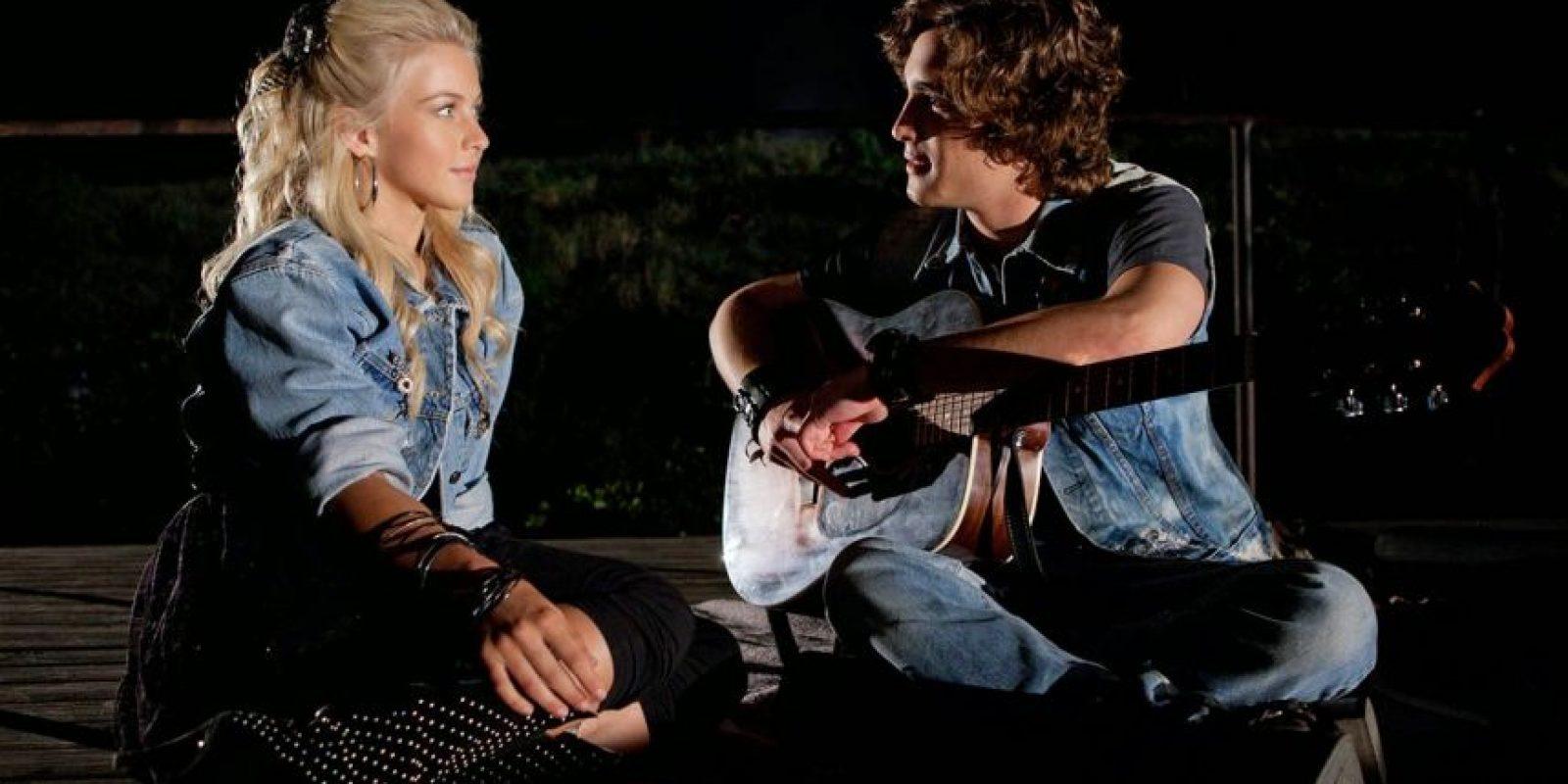 """Y en 2012, le dio vida a """"Drew Boley"""" en el musical """"Rock of Ages"""". Foto:IMDB"""