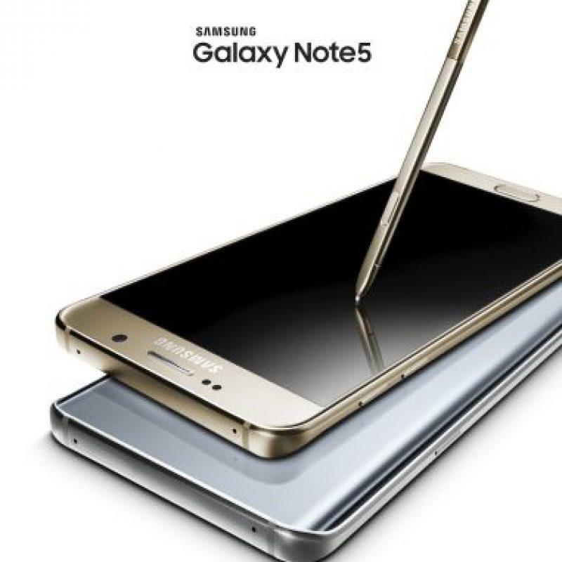 Pantalla: Super AMOLED de 5,7 pulgadas. Foto:Samsung