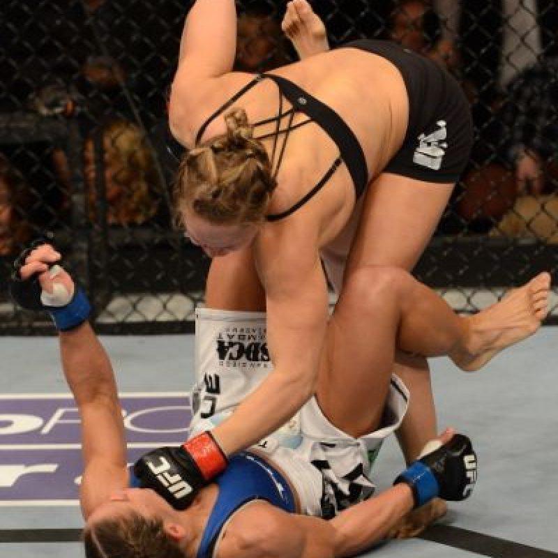 7-0 vs. Liz Carmouche en UFC 157. Foto:Getty Images