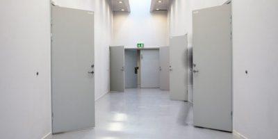 Tiene televisiones, refrigeradores, celdas amuebladas Foto:Vía haldenfengsel.no/wp/