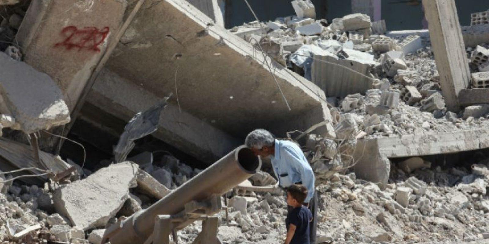 Al ataque al que sobrevivió Rami Abdulrahman dejó al menos 117 muertos, incluyendo 16 niños y siete mujeres activistas. Foto:Getty Images