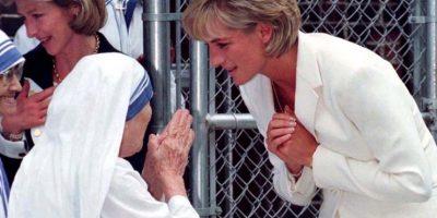 Sin embargo, esa mirada fue para la madre Teresa de Calcuta en junio de 1997, por la que sentía un gran amor. Foto:AP