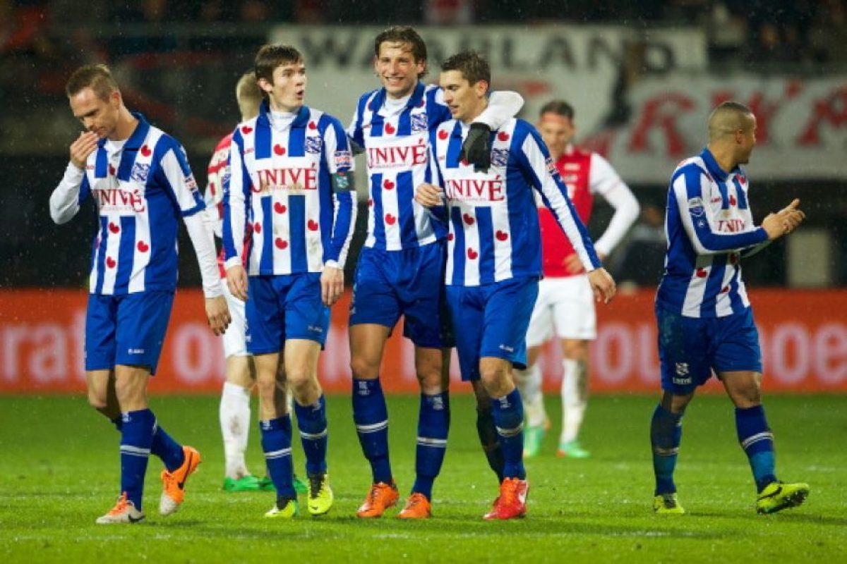 Equipo más joven: SC Heerenveen (21.6 años) Foto:Getty Images