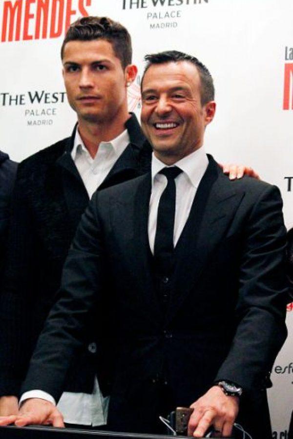 """Jorge Mendes es uno de los hombres más poderosos del fútbol. A través de su empresa, """"Gestifute"""", Mendes mueve los hilos de grandes figuras del fútbol mundial. Foto:Getty Images"""