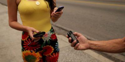 4. Dejar el teléfono descolgado. Foto:Getty Images