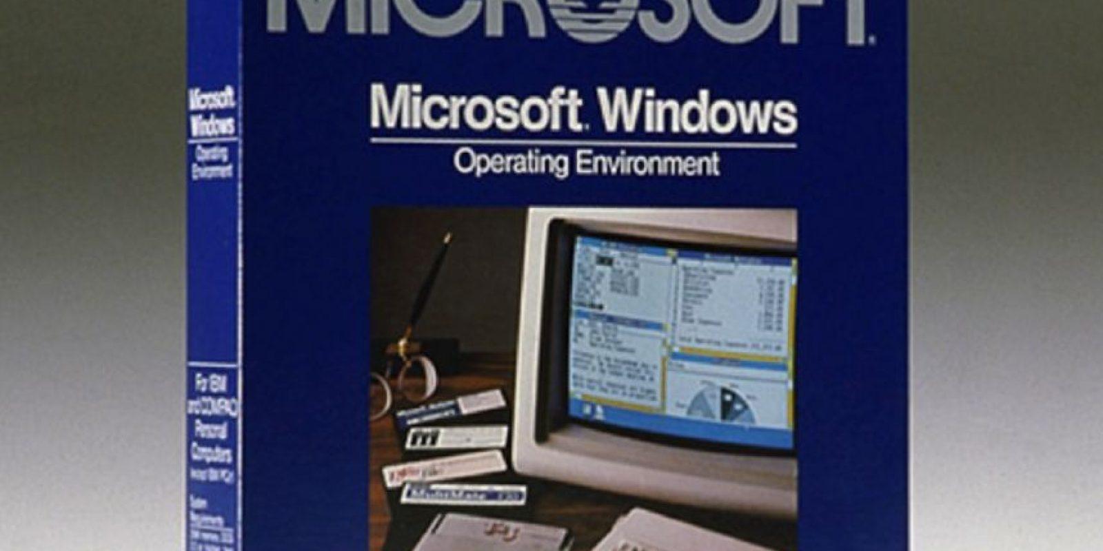 Microsoft inició actividades en el año de 1975 con la producción de software y pequeñas computadoras de escritorio. Les presentamos el Windows 1.0 creado por esta empresa en 1983 Foto:windows.microsoft.com