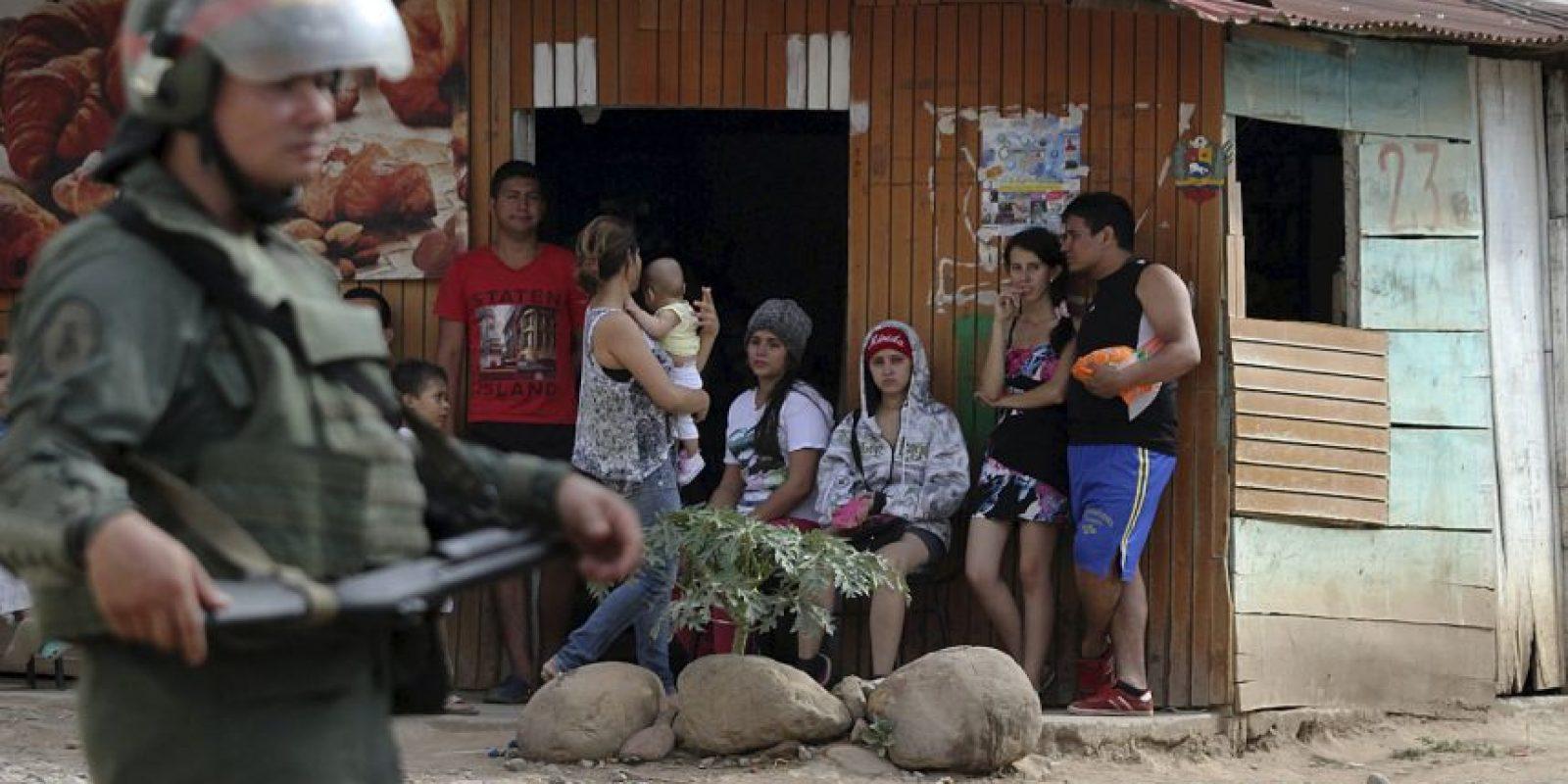 """""""Ratifico que desde Colombia se conspira contra nuestra Patria, la derecha está coordinando nuevamente que grupos asesinos vengan a nuestra Patria"""", escribió Maduro en su cuenta de Twitter el fin de semana. Foto:AFP"""