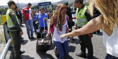 """""""La dictadura en Venezuela tortura a la oposición, expulsa a los colombianos y protege al terrorismo"""", escribió el expresidente de Colombia, Álvaro Uribe. Foto:AFP"""