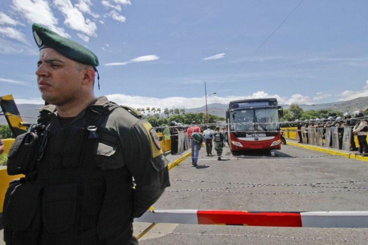 #UribeVenezuelaTeRepudia Con este hashtag respondieron las redes sociales venezolanas a las declaraciones del expresidente. Foto:AFP