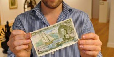 Misterioso billete antiguo será vendido en más de 300 dólares