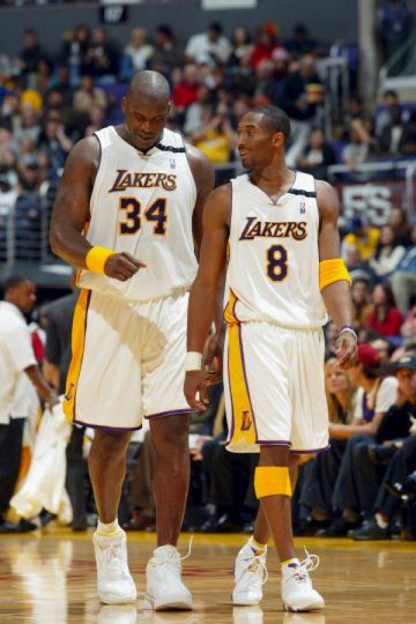 """""""Shaq"""" y Kobe llevaron a los Lakers a ganar tres anillos de la NBA de forma consecutiva en 2000, 2001 y 2002. Foto:Getty Images"""