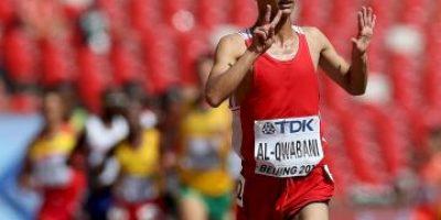 Mundial de Atletismo: Corrió descalzo y se convirtió en el héroe de la jornada