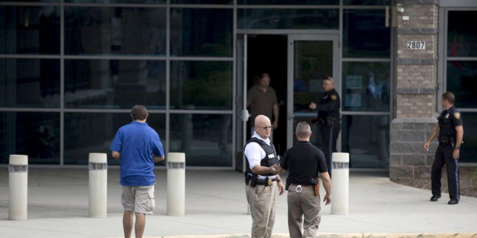 Se disparó cuando se vio acorralado por la policía Foto:AP