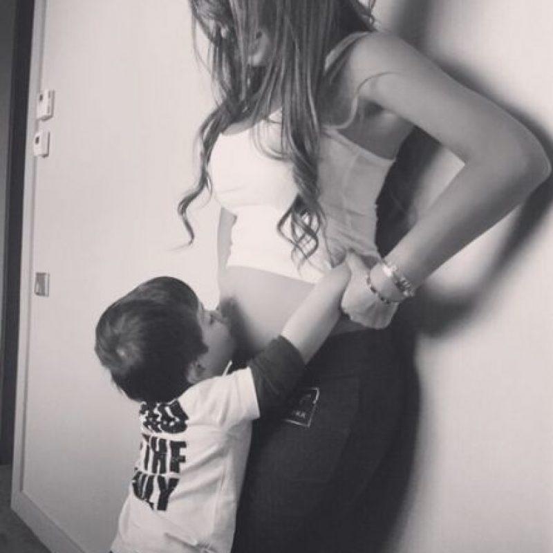 Ahora esperan a su segundo bebé, el cual nacerá en octubre y también será varón. Foto:Vía instagram.com/leomessi