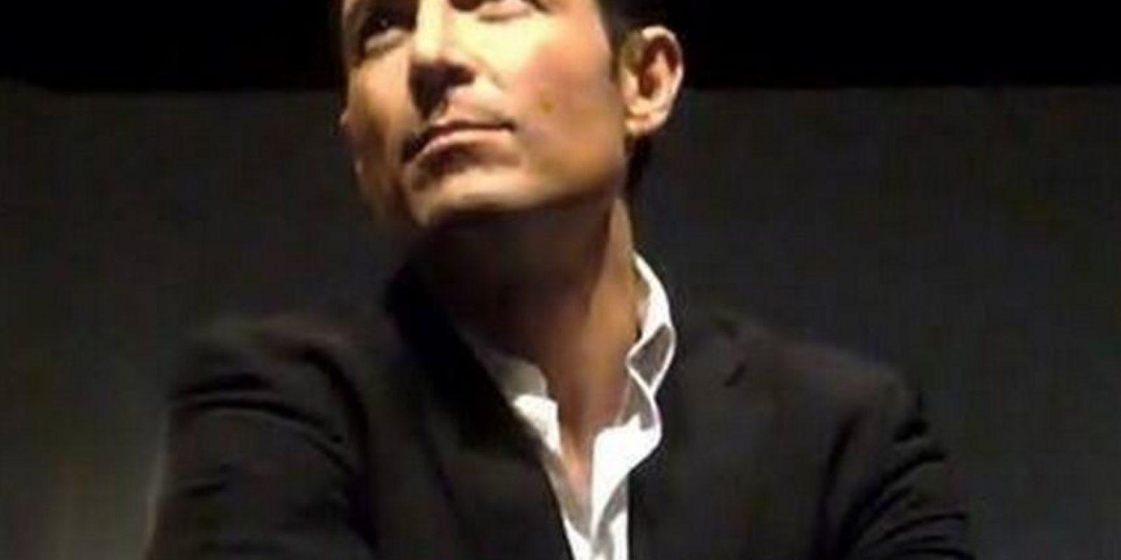 El actor ya tiene 49 años Foto:Vía facebook.com/pages/Fernando-Colung