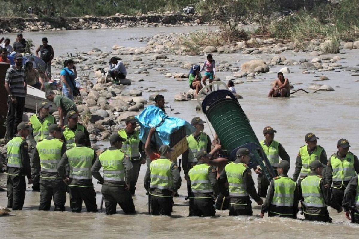 La Cruz Roja Colombiana estima que 4.260 personas adicionales habrían retornado a Colombia de forma espontánea en el marco de esta situación. Foto:AFP