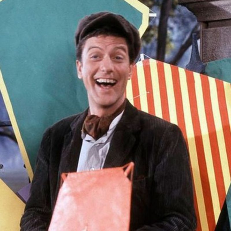 Dick Van Dyke interpretó a Bert Foto:Vía imdb.com