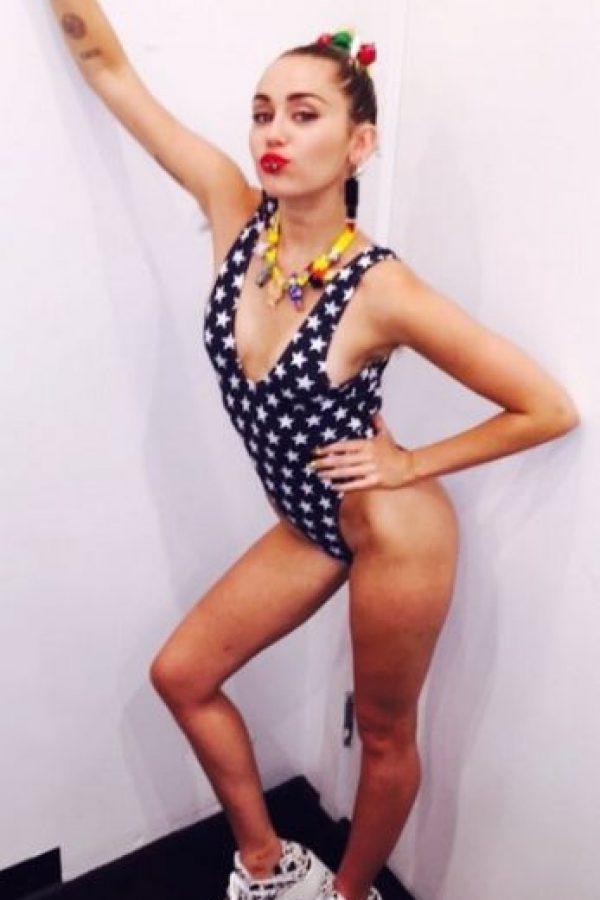 Miley Cyrus abrió su corazón a la revista británica Foto:Instragram/MileyCyrus