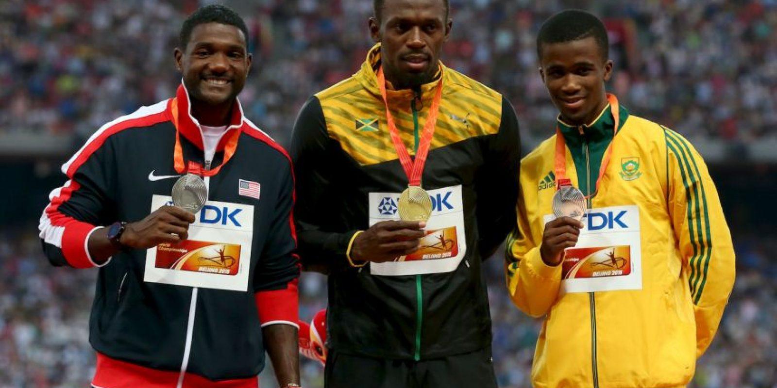 Se impuso en los 200 metros con una marca de 19.55 segundos Foto:Getty Images