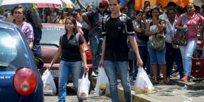 Las autoridades habían prometido una distribución de todo tipo de alimentos. Foto:AFP