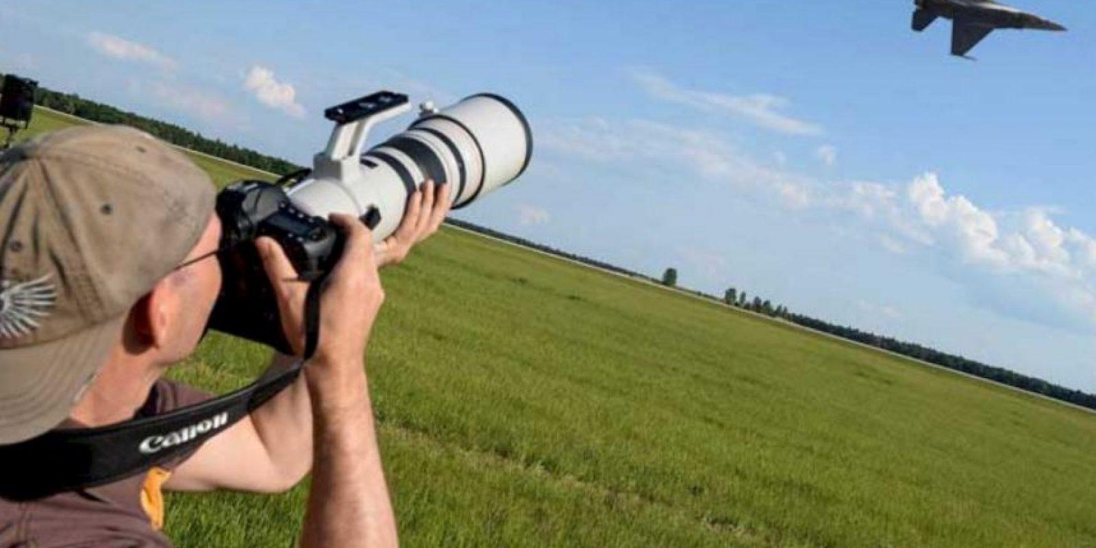 El piloto involucrado en el accidente del viernes se suponía era parte del espectáculo. Foto:Vía airshowny.com