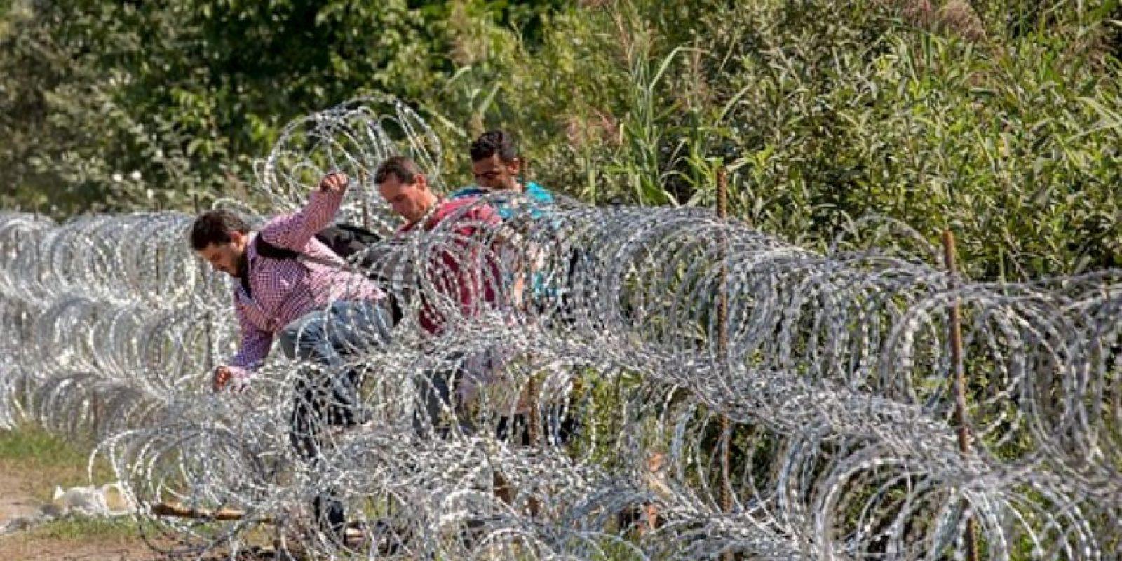 Los niños fueron hallados un día después de que las autoridades encontraran 71 cuerpos abandonados. Foto:Getty Images