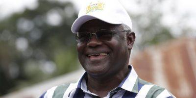 El presidente Ernest Bai Koroma advirtió a la multitud que Sierra Leona no estará a salvo hasta haya sido erradicado de la región refiriendo a su país vecino Liberia. Foto:AP