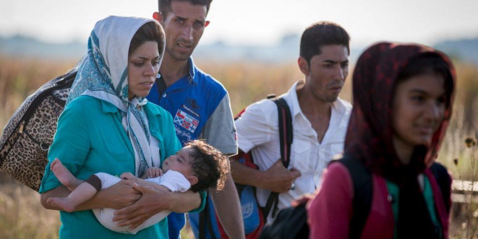 Algunos cruzan por el Mediterráneo. Foto:Getty Images