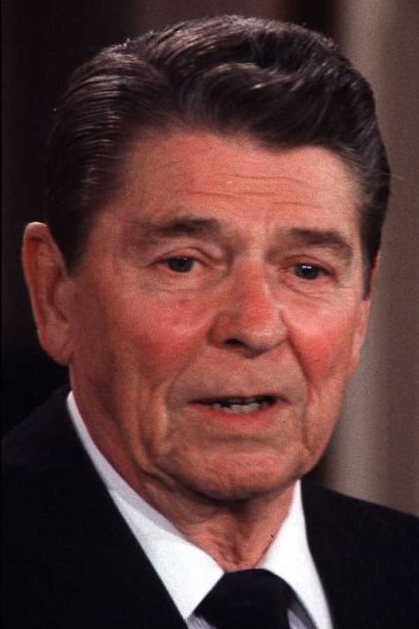 Según el portal IMDb, participó en decenas de películas y series antes de ser político. Foto:Getty Images