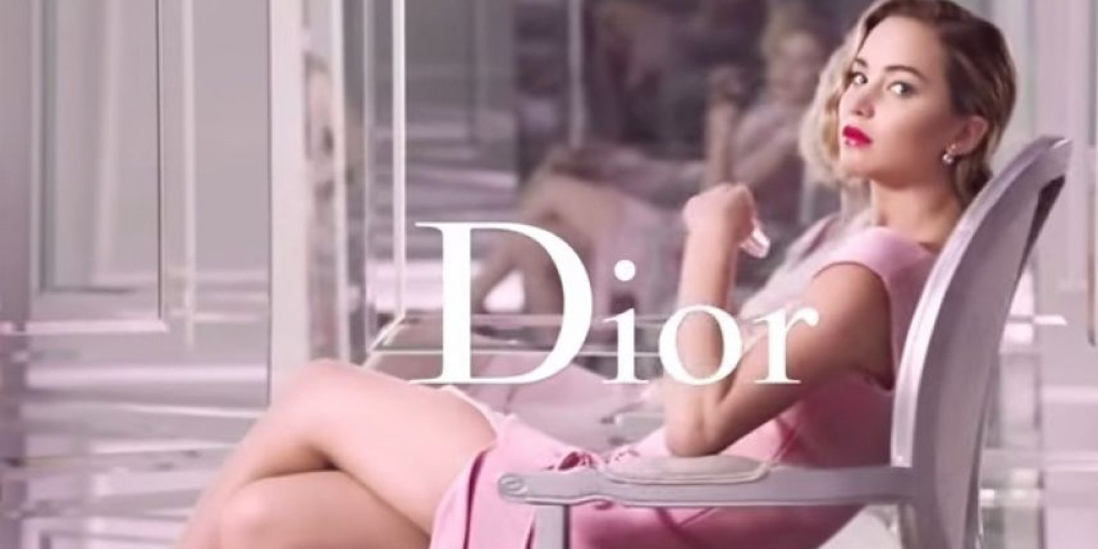 """Jennifer Lawrence protagoniza la nueva campaña de """"Dior Addict"""". Foto:""""Dior"""""""