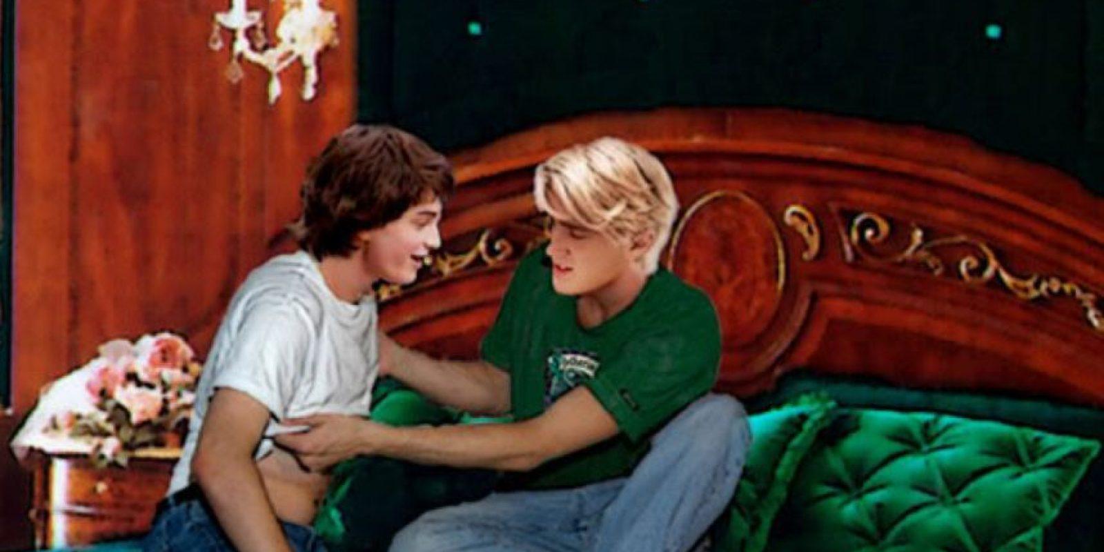 """Como se mencionó, entre más disímiles los personajes, mejor. Este es un """"Drarry"""", relación entre Draco y Harry. Foto:vía Tumblr"""