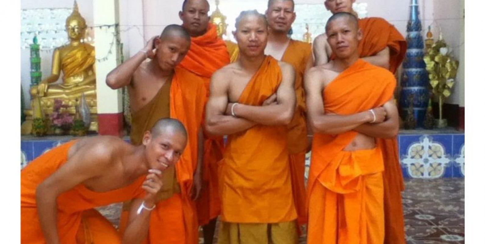 Ese es el nombre que Herder escogió para la carpeta de fotos y selfies que el monje budista que encontró su iPod Foto:vía boboandchichi.com