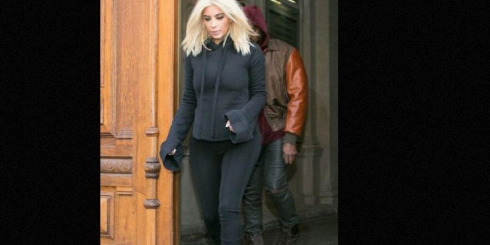 Un look caro siempre puede verse barato con Kim. Foto:vía Getty Images