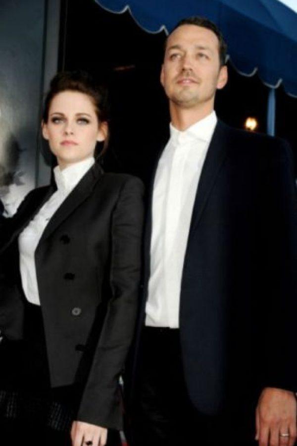 """Eso, hasta que le puso los cuernos con Rupert Sanders, director de """"Blancanieves y el Cazador"""". Foto:vía Getty Images"""