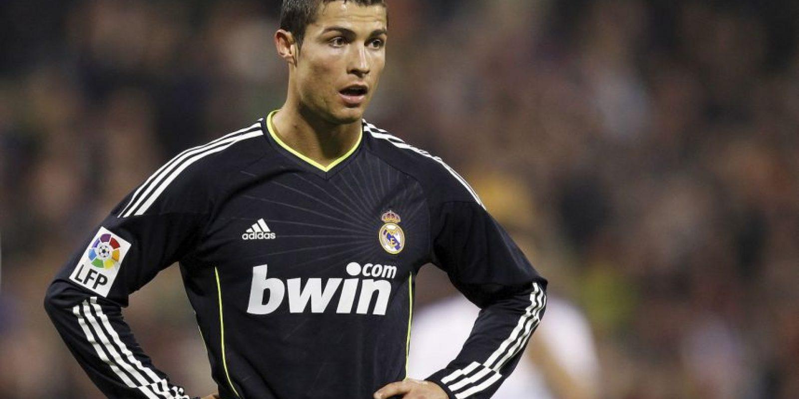 2010 – En su segundo año como madridista, Cristiano comenzó con su gran cuota goleadora y a mostrar su mejor nivel. Foto:Getty Images