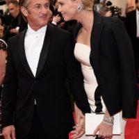 Fuentes aseguraron que fue Theron quien dejó al actor, justo después del Festival de Cannes, donde se les vio muy enamorados. Foto:Getty Images