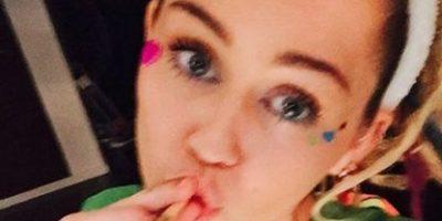 Miley Cyrus asegura que las drogas alucinógenas tiene poder curativo