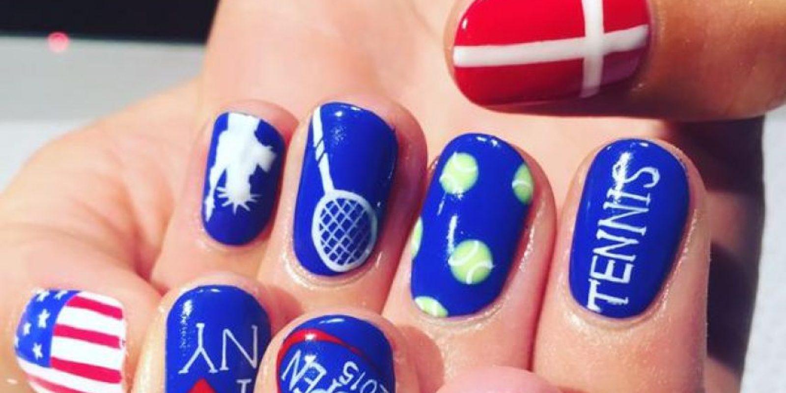 En tanto, la danesa Caroline Wozniacki compartió una imagen de sus uñas. Foto:Vía twitter.com/CaroWozniacki