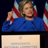 Los Clinton [Hillary y Bill] son conocidos por los escándalos. Eso ayuda a explicar por qué el escándalo de los correos electrónicos puede ser tan digno de mención. Foto:Getty Images