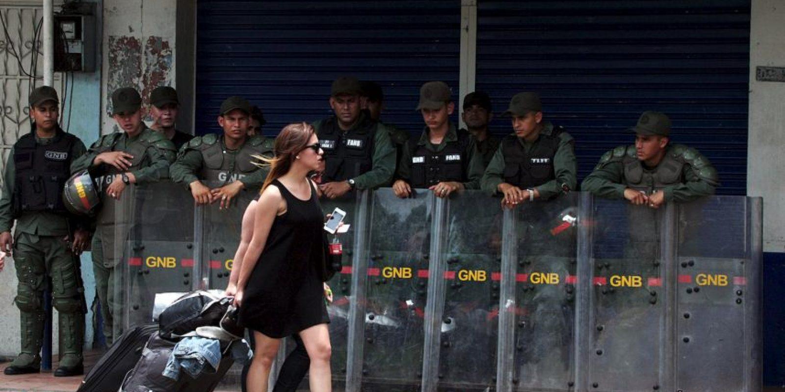 32 colombianos y un venezolano fueron deportados de Caracas. Foto:AFP