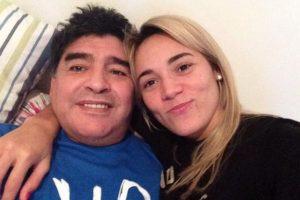 Actualmente, vive con él en Dubai. Foto:Vía twitter.com/rogeraldineoliv