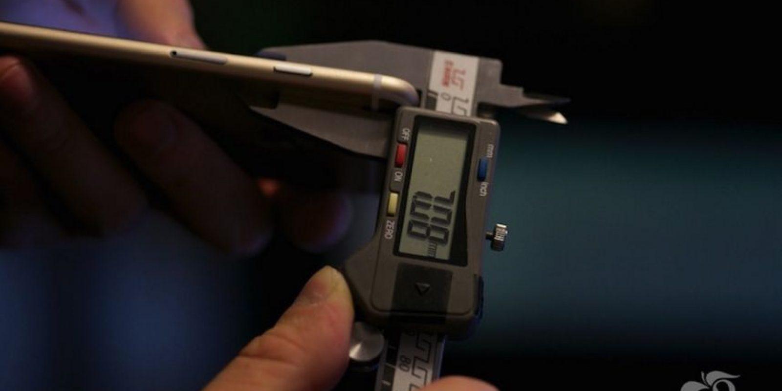 Grosor del iPhone 6s. Foto:Vía macrumors.com