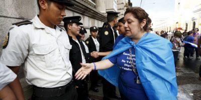El presidente de Guatemala tiene los mismos derechos que cualquier ciudadano de ese país. Ahora, se espera que la Corte de Constitucionalidad (CC) no ampare las acciones plateadas por el mandatario, y que las investigaciones sigan su curso. Foto:AP