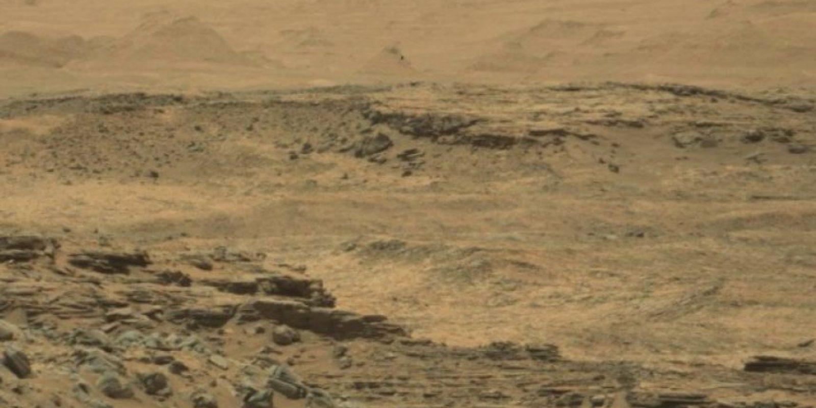 Y estas son las difundidas por la NASA Foto:original en http://mars.jpl.nasa.gov/msl-raw-images/msss/01074/mcam/1074MR0047260010600092E01_DXXX.jpg