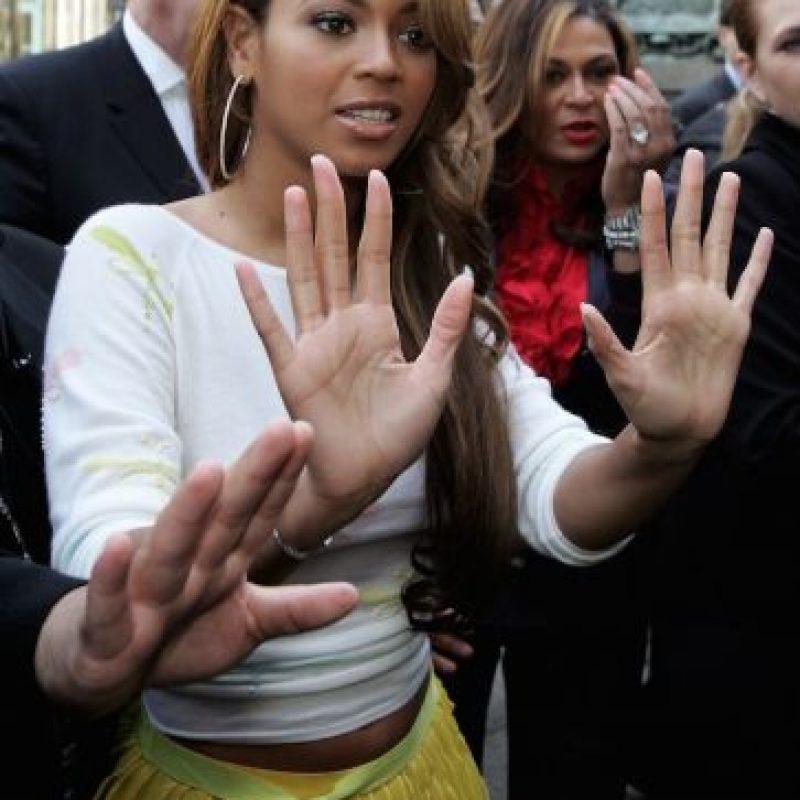En 2010, hizo historia al ganar seis de los 10 premios a los que fue nominada en los Grammy. Foto:Getty Images
