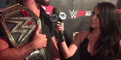 Conductora latinoamericana de TV conquistó al campeón de la WWE