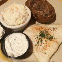 En la comida disfrutaba de una gran ración de pescado con arroz y pan integral. Foto:Vía instagram.com/explore/tags/fish